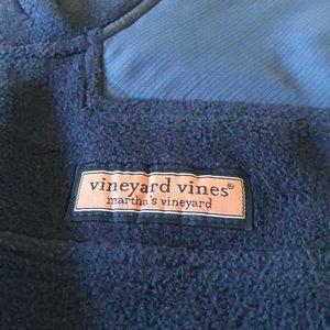 Vineyard Vines  NWOT fleece Shep vest boys Large